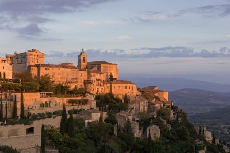 Gordes at sunrise, Provence, France